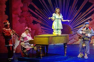 100 Great Panto Songs
